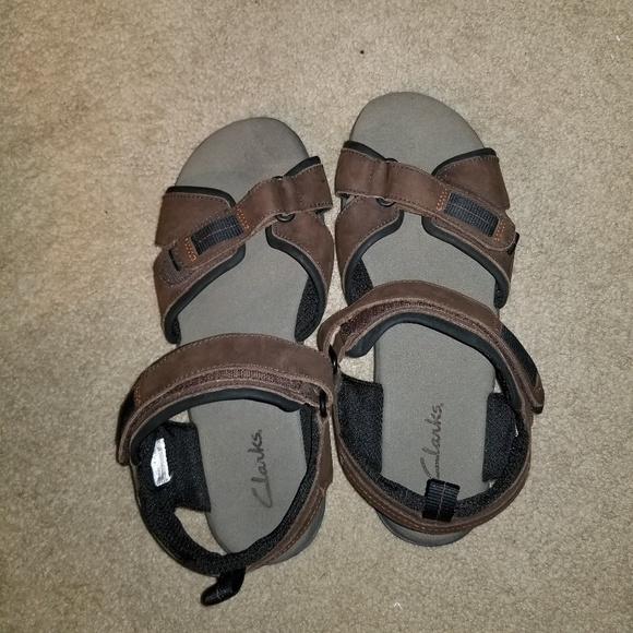 Clarks velcro mens sandals